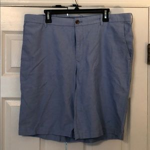 Men's Izod summer weight shorts size 38